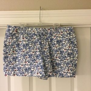 GAP Factory City 3 inch Short size 8