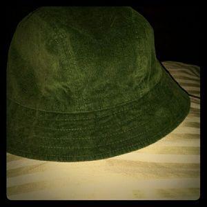f586afdf53c Sale SALE really nice hat it s so cute