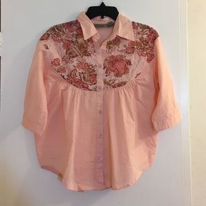 Art and Soul Tops - Art & Soul Button Up Top Size Small