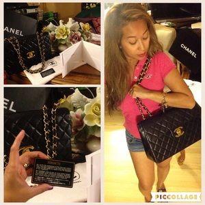 Preloved authentic Chanel jumbo single flap