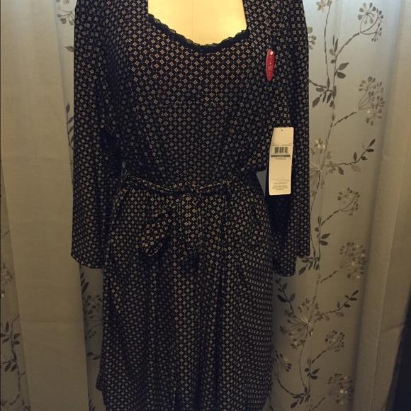 bd3a43e930d4 Marilyn Monroe Intimates & Sleepwear | Rose Diamond Night Gown Robe ...
