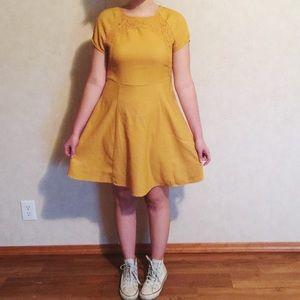 ModCloth Dresses & Skirts - MODCLOTH mustard yellow dress