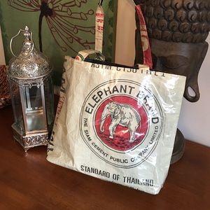Handbags - CLOSET CLEAN OUT•Unique Purse•