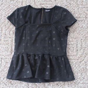 3 FOR $15 👚 Polka Dot Peplum Top