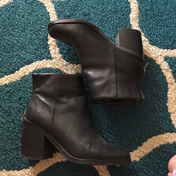Shoemint Shoes - SHOEMINT Heeled Booties