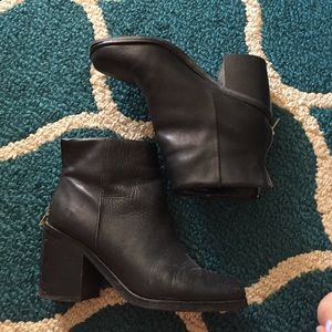 SHOEMINT Heeled Booties
