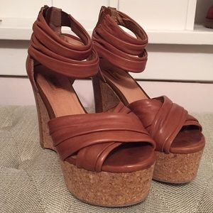 Miz Mooz Shoes - Miz Mooz Leather Ankle Strap Platform Sandals 8