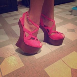 Privileged Shoes - Pink Faux Suede Platform Heels