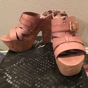 Sam Edelman heels in rose