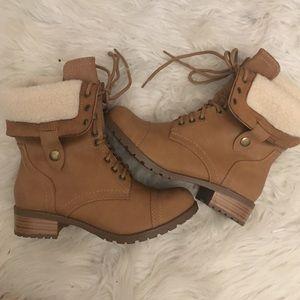 Shoes - Woman's combat boots