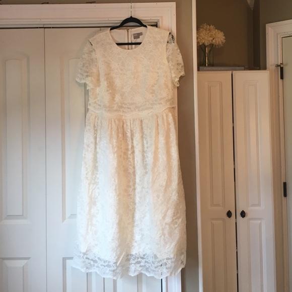 c7e55d10afca9 ... ASOS Curve Dresses White Lace Crop Top Asos Midi Poshmark