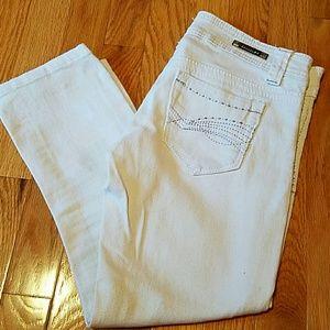 Junior size 1 we white capri length