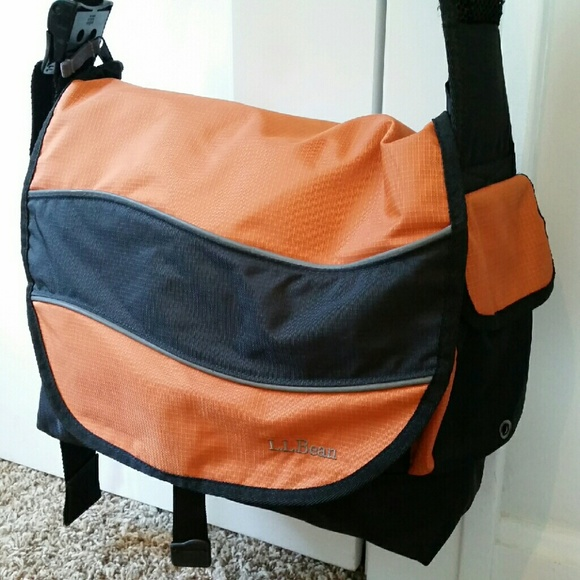 LL Bean Nylon Messenger Bag