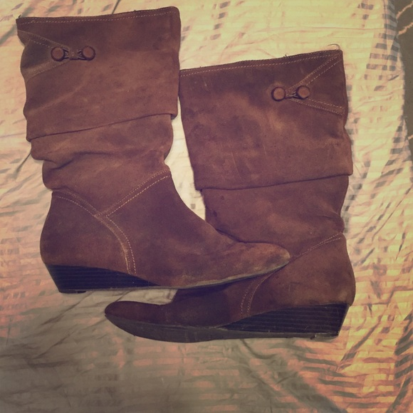 64 white mountain shoes mid calf brown boots with