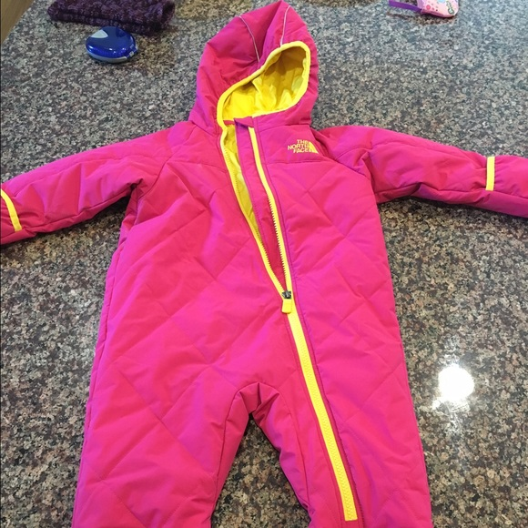 5f99e2fc8 North face Toddler snowsuit bunting sz 18-24 mo