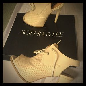 Sophia & Lee Shoes - Open toe bootie