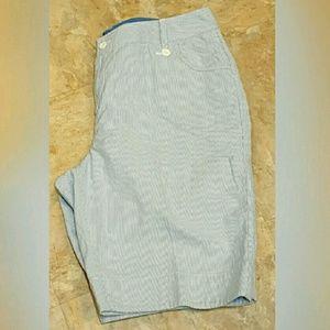 Relativity  Pants - Relativity shorts size 16 w