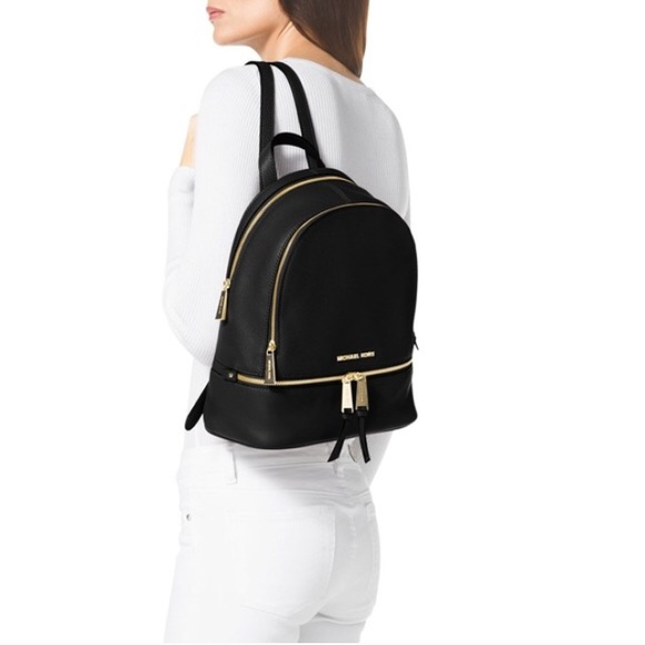 fe6ec2926d730 Michael Kors Backpack Rhea Leather Bag. M 5817a986620ff7ac2b05c0ca