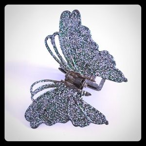 Accessories - Vintage Butterfly Hair Clip