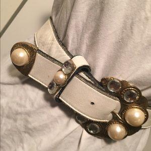 Accessories - Vintage Leatherock Belt.