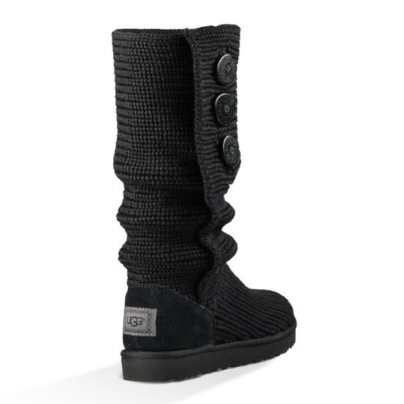 21 ugg shoes classic cozy knit black ugg boots from