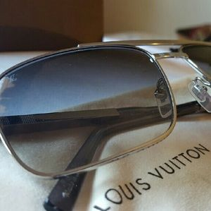 "Authentic ""Attitude"" LOUIS VUITTON sunglasses"