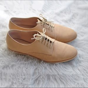 French Connection Dakin Nude Suede Leather Oxford