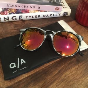 Like New w/o tags Quay Australia Sunglasses
