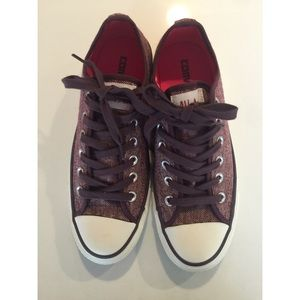 Converse All Star in Burgundy Tweed Sz 7 Like New