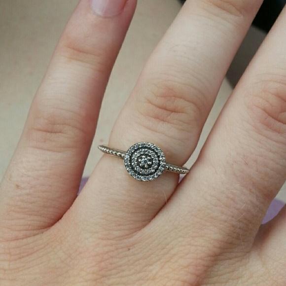 pandora ring 52