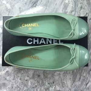 Chanel ballet flats size 39