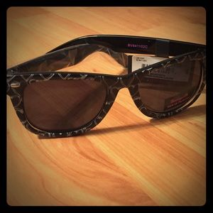 Betseyville Love Glasses