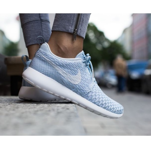san francisco 92462 cb4df Nike Shoes | Womens Roshe One Flyknit | Poshmark
