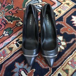 Shoemint Shoes - ShoeMint 'Cleo' Black Leather Zipper Pumps