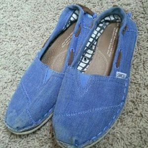 TOMS canvas slip ons shoes