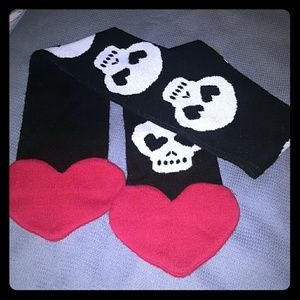 Accessories - Black, White and Red skull Scarf,red heart at ends