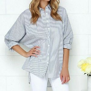 Casually Cute Hi-Lo Button Up M