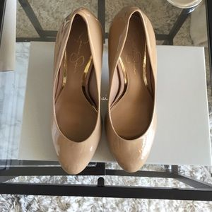 Jessica Simpson Shoes - Jessica Simpson Abriana Nude Patent Pump sz 8