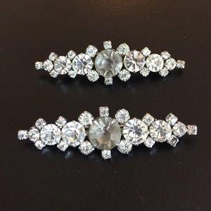 Jewelry - ✨RARE!✨Antique Twin Rhinestone Brooches