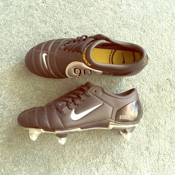 release date cb852 d2056 Nike Air Zoom Total 90 III Cleats