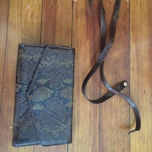 Retta Wolf purse snakeskin pattern shoulder bag