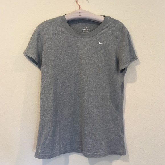 Nike Tops - Nike Dri- Fit gray heathered work out too shirt