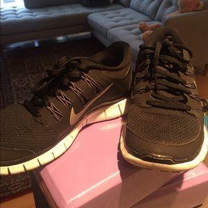Nike Shoes - NIKE FREE