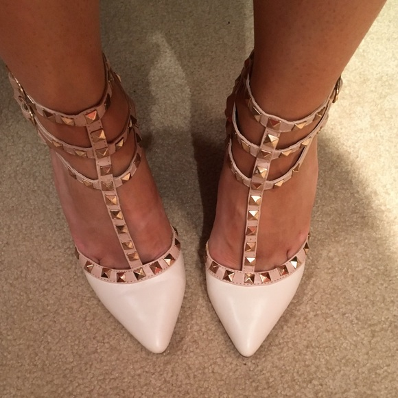 0c5fc168b8 Valentino Shoes | Rockstud Heels White And Tan Size 7 | Poshmark