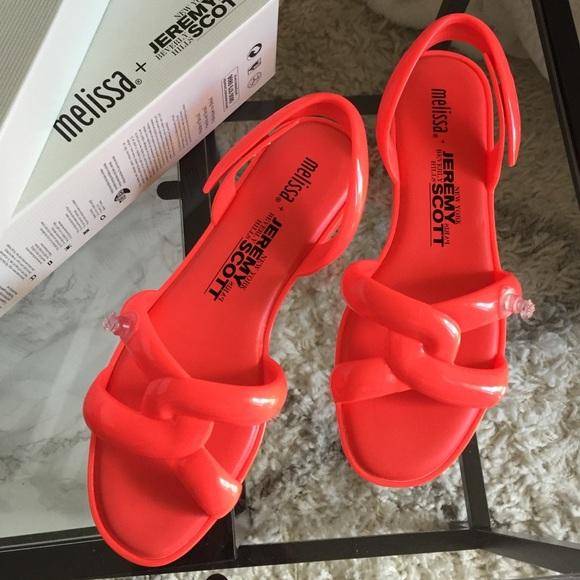 74f1746c1e15 NWT Melissa + Jeremy Scott Tube sandal Sz 8