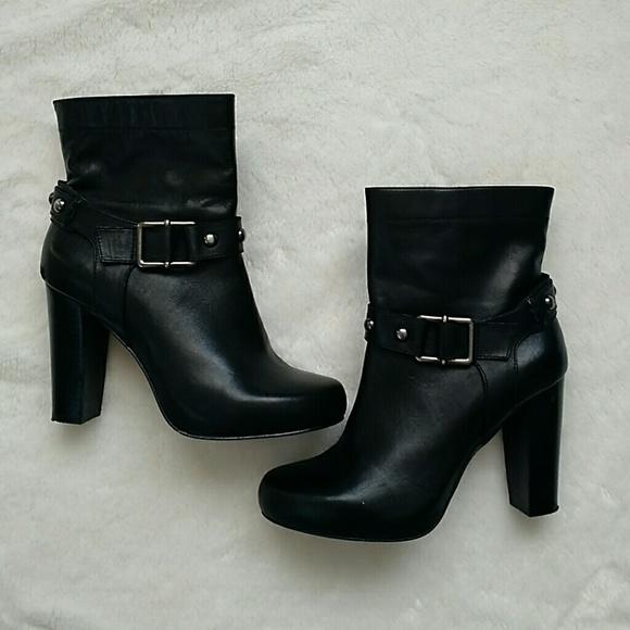 73 arturo chiang shoes arturo chiang black ankle