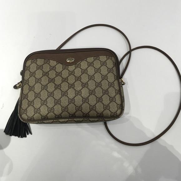 98e3f9bf1ce Gucci Handbags - Vintage Gucci Accessory collection bag
