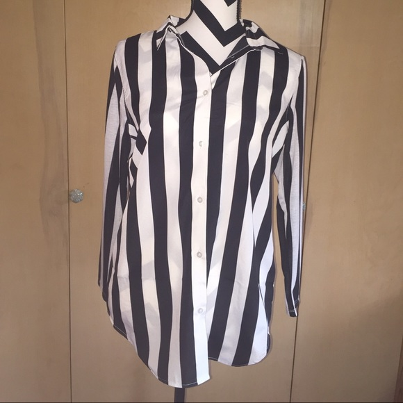H&M Tops | Black And White Vertical Striped Shirt Nwt Hm ...