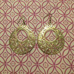 ModCloth gold hoop earrings