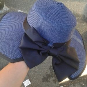 Accessories - New navy blue hat with bow